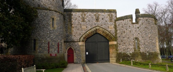 Puerta de entrada al Castillo medieval de Arundel