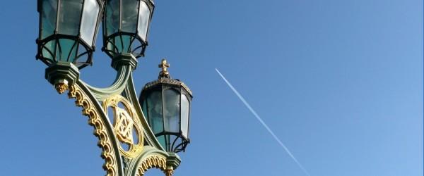 Farola del puente de Westminster, junto al Parlamento