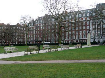 Grovesnor Square, parquecito frente a la embajada de USA