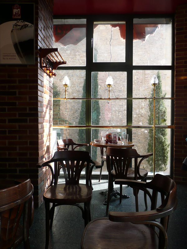 Cafetería La Colonial, Segovia. 21 Marzo 2010