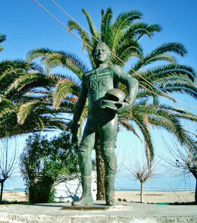 Monumento a Iván Palazzese