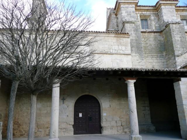 Lo que se ve desde la calle de la Iglesia Santa María del Azogue