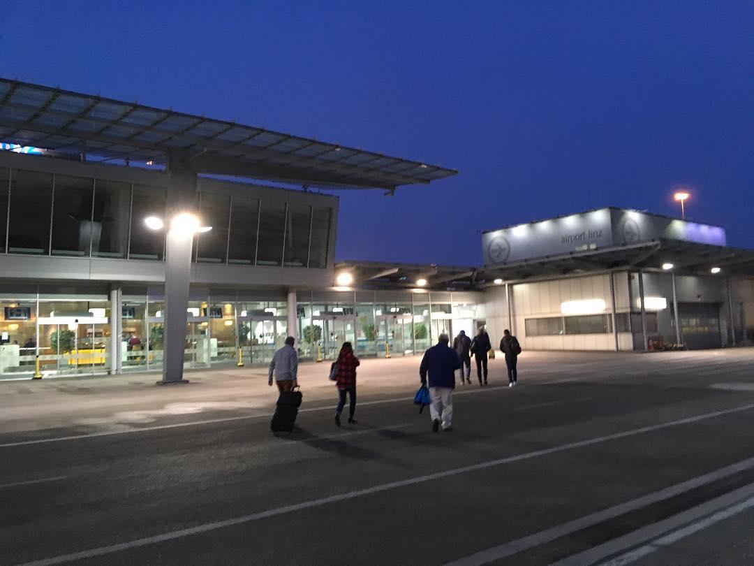 Que gustazo un aeropuerto pequeño, donde bajas y te vas andando
