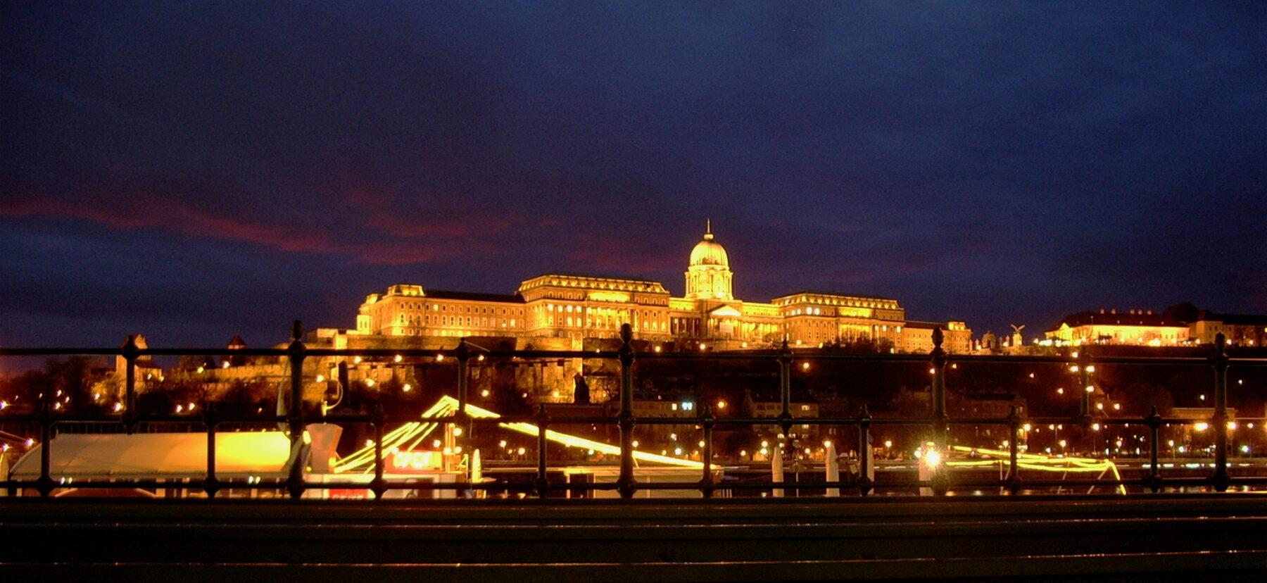Budapest. 2004